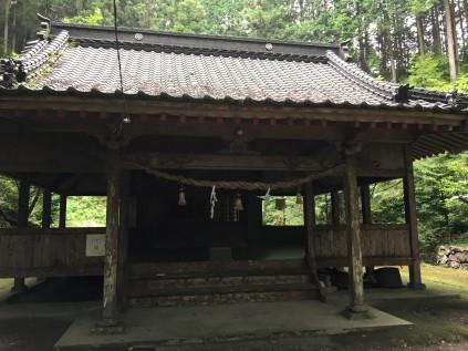 13102日前神社